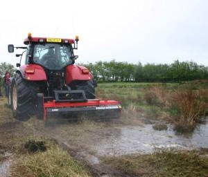 Tractor Power Shredder wet ground