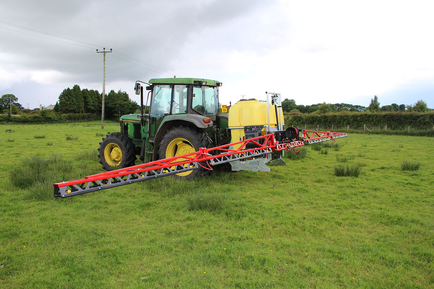 Blaney Agri Solutionstractor sprayers made in UK/Ireland for