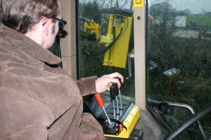 cable control hedgecutter controls