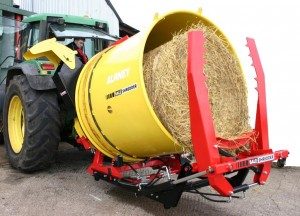 Self Loading Option - Bale Shredder