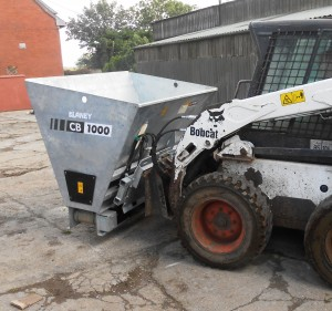Suitable for use with 3pt linkage, loader, telehandler and skid steers